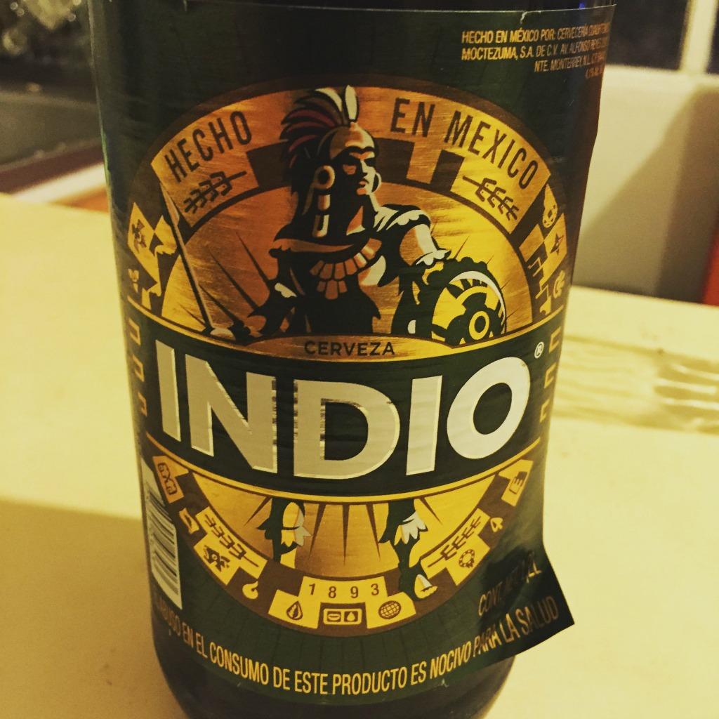 Eine zünftige Maß Indianer-Bier